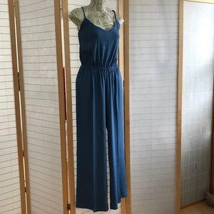 Small Monrow Blue Linen Viscose Jumpsuit4 Summer!